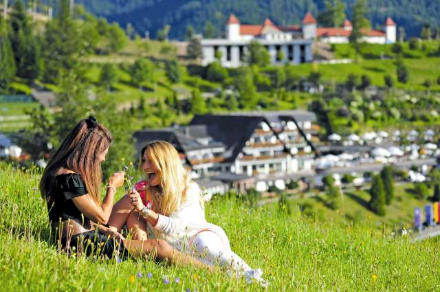 Whirlpool Bad Griesbach : Your 5 star superior hotel in the black forest relais & châteaux